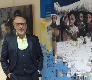 """أسامة دياب.. في معرضه """"زاوية حادة"""" يرسم حالات قائمة برؤية منفرجة"""